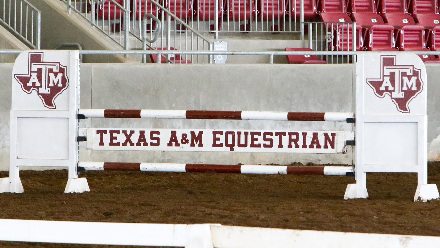 Equestrian Inks 11 for 2018-19 - Texas A&M University Athletics ...